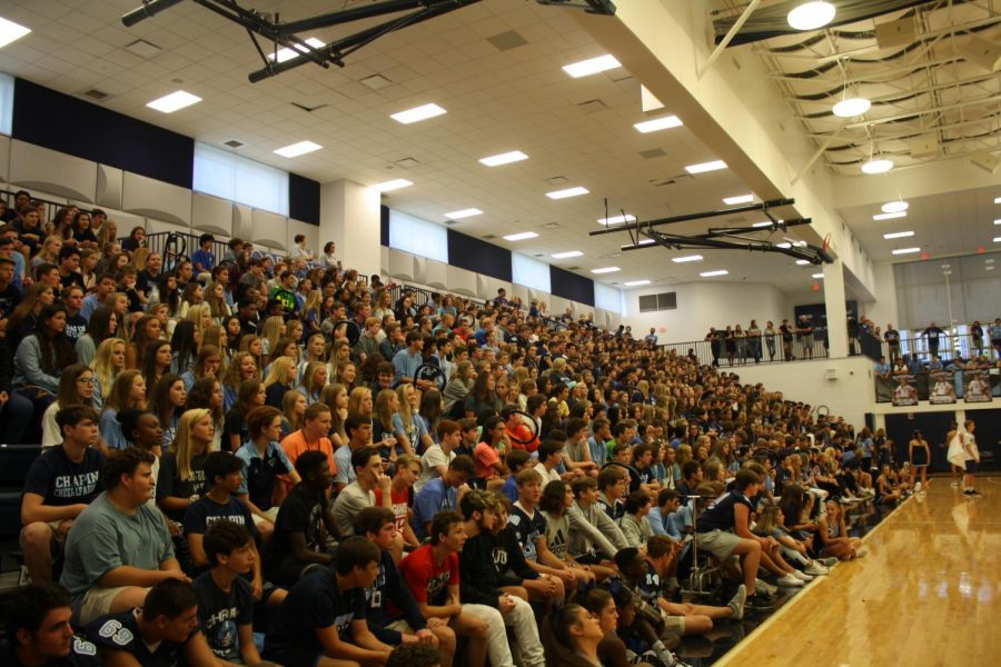 Sophomores and Freshmen wait for the start of the Pep Rally Games.