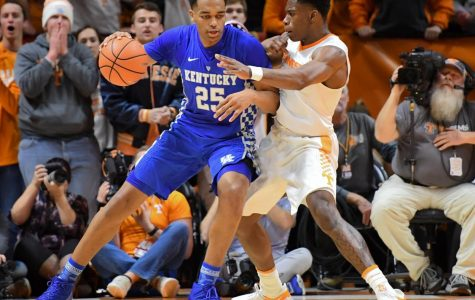 PJ Washington (left) posting up against Admiral Schofield (right)