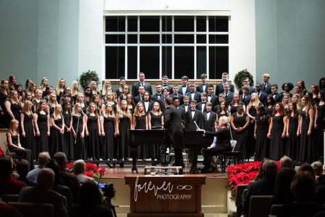 The Chapin Choir Department sings in the Winter Concert.